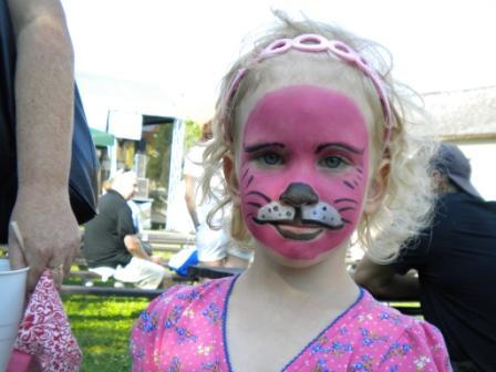Nastal Cas Karnevalu Aneb Cim Si Pomalovat Oblicej Skolni Svet
