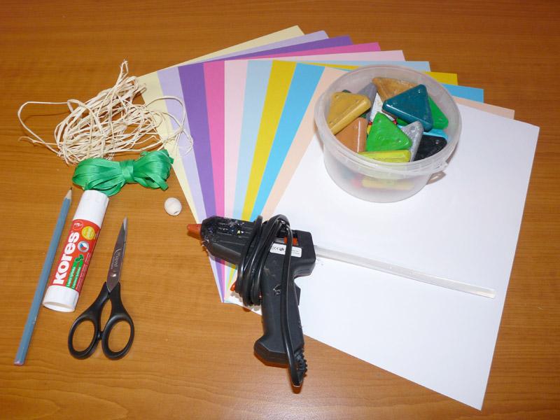 potřeby na vyrábění jarní závěsné dekorace