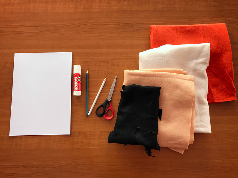 Potřeby na vyrábění - filc, lepidlo, nůžky, čtvrtka