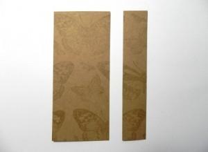 rozstřižený zlatý papír na dvě části