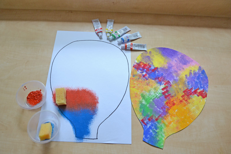 Ťupkování balonu temperovými barvami