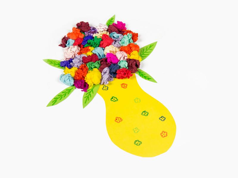 váza plná květin