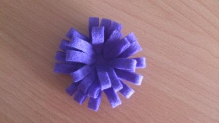 vnější část kytičky z filcu