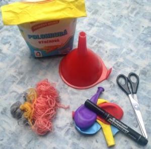 potřeby na vyrábění antistresového míčku