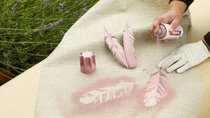 stříkání akrylovými barvami Edding na látku