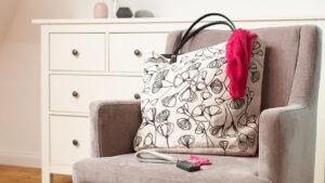 Pokreslená taška textilními popisovači Edding