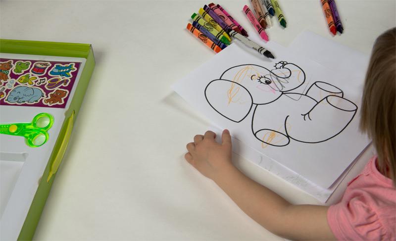 voskovky mini kids crayola vybarvování slona