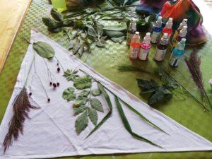 Traviny naaranžované na šátku