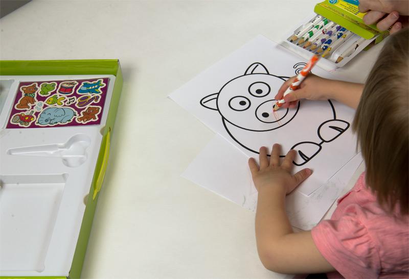 pastelky mini kids crayola vybarvování prasátka