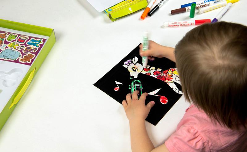 fixy mini kids crayola vybarvování žirafy