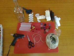 Potřeby pro vyrábění na dekorativní lahve